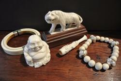 Elefántcsont Buddha (Pu-tai), tigris, szipka, karkötő, karperec, cigarettaszipka