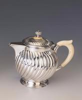 Ezüst századfordulós kévés-/teáskanna