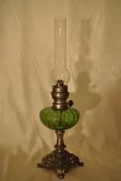 Százéves petróleum lámpa