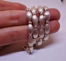 Szépséges antik tömör ezüstnyakék