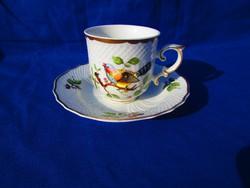 Hollóházi madármintás kávés csésze.