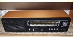 UNITRA Diora retro rádió
