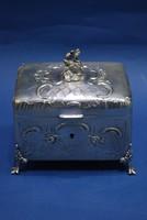 Bécsi historizáló ezüst cukordoboz