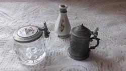 Antik alpakka, és üveg kupica,kis pohár tetővel eladó!