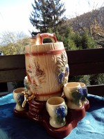 Antique majolica hand painted tap barrel with 6 cups, in vinoveritas inscription on base