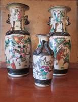 Jelzett kínai váza pár plusz egy kicsi
