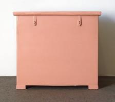 0P630 Régi rózsaszín ruhás láda hozományláda