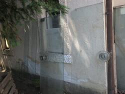 Edzettüveg-ajtók és kirakatüveg belvárosi palota felújításához
