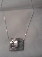 Izraeli ezüst nyaklánc és medál gránáttal (Didae)