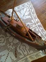 Antik halászbárka makett