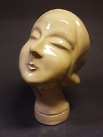 Art deco (art deko ) női fej