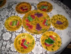 Serrageumines  mayolika  süteményes  használva  még nem volt