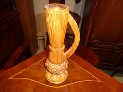 Faragott váza