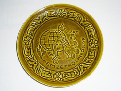Fali tányér - Nemzetközi Nőnap - GRÁNIT Kispest CS.K.GY.