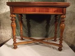 Bécsi barokk játékasztal
