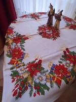 Karácsonyi terítő. Szövött, színes. 93 x 83 cm.