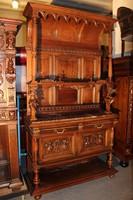 Gyönyörű antik, dúsan faragott reneszánsz tálalószekrény!