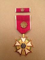 USA Kitüntetés Legion of Merit - Becsületrend, eredeti, tiszti fokozat, szalagsávval