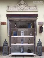 Provence bútor, Biedermeier könyves szekrény, könyvszekrény.