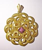 Aranyozott lila köves medál