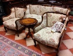 Barokk ülőgarnitúra 1+1+3 ajándék asztalkával