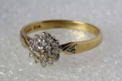 Csodás 18 k arany gyűrű 0,25 ct gyémánttal