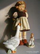 Hummel porcelánfejű baba Libás lány 35cm -es