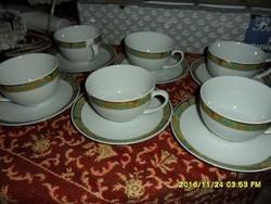 6 személyes teás készlet gyönyörű aranyozott leveles mintáva