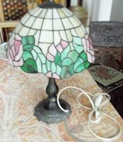 Tifany utánzat, de szép. asztali lámpa