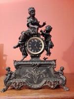 Francia asztali vagy kandalló óra