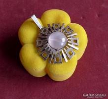 Mesés rózsakvarc ezüst medál