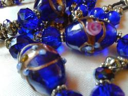 Royal Blue muránói üvegből.Lenyűgöző kézzel festett nyaklánc.