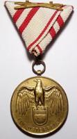 I.VH. Osztrák Hábórus emlék kitüntetés FÜR OSTERREICH 1914-1918! karddal szép eredeti darab