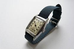Mimo egy rendkívül ritka svájci óra a II. világháború idejéből