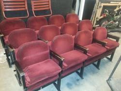 Retro, vintage színházi/mozi szék