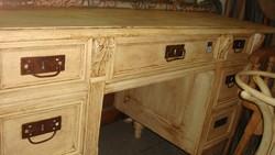 Ónémet fehér antikolt vakszolt hét fiókos,felújított,íróasztal.