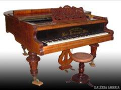 0121 R7 Bécsi Karl Hamburger zongora 1884