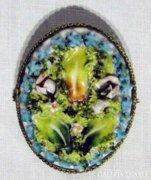 5665 Antik porcelán filigránozott bross réz kitűző