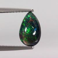 Etiópiából származó valódi fekete opál csiszolatok 0,8 ct-1,1ct-ig