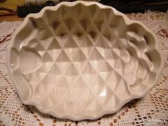 Kivételesen szép porcelán kínáló - tál