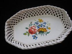 Fonott  porcelán tálka  22 x 15 x 3 cm