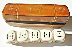 Olasz póker kockák bőr dobozban