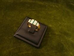 Smaragdos-brilles arany gyűrű