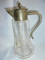 Régi karaffa üveg metszett díszítéssel