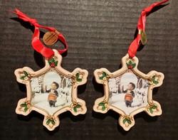 Porcelán karácsonyfadísz Hummel mintával --- matricás, 9 cm, 2 db egyforma