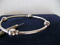 Antik ezüst karperec szép mintával különleges kidolgozás.