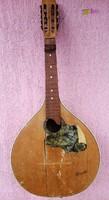 Antik 9 húros Cometa mandolin fellelt állapotban, Portugáliából, felújításra, gyűjteménybe