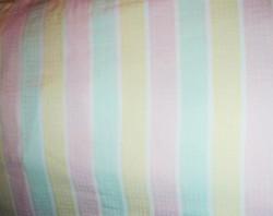 Gyönyörű színes pasztell csíkos damaszt terítő