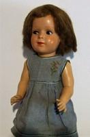 Régi, antik baba szép régi ruhában