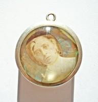 Miniatűr részben kézzel festett arcképek ezüst keretben, medál